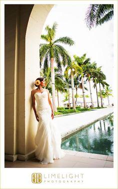 CASA MARINA, Limelight Photography, Key West, Wedding, Wedding Photography, Beach Wedding, Wedding Dress, Bride, Pre-Ceremony, Portraits, www.stepintothelimelight.com