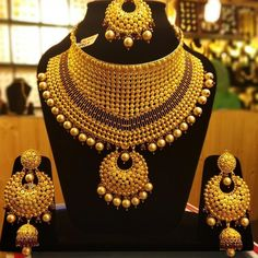 bridal sets & bridesmaid jewelry sets – a complete bridal look Gold Earrings Designs, Gold Jewellery Design, Gold Jewelry, Necklace Designs, India Jewelry, Gold Necklaces, Handmade Jewellery, Bridesmaid Jewelry Sets, Bridal Jewelry Sets