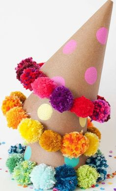 Soo cute DIY pom pom party hat | 10 Perfect Pom Pom Crafts Part 2 - Tinyme Blog