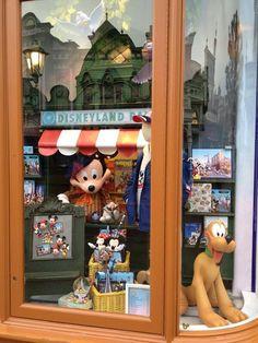 #Disneyland Paris. A Parisian shopwindow on Main Street #DLP #DLRP #Disney