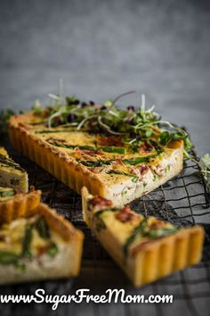 This tasty low carb keto asparagus tart is simple to make and a wonderful make ahead meal! This keto appertizer is great is perfect for any party. Low Carb Keto, Low Carb Recipes, Free Recipes, Brunch Recipes, Breakfast Recipes, Breakfast Quiche, Summer Recipes, Sugar Free Cheesecake, Cheesecake Brownies