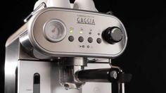 Gaggia Carezza Deluxe review. Heerlijke koffie en verbluffend design, maar je kunt betere espresso voor minder krijgen. Lees hier de volledige review.