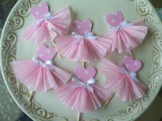 Ballerina cupcake toppers by Jeanknee, via Flickr