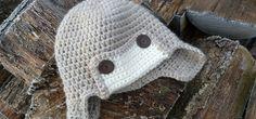 Czapka pilotka na szydełku Winter Hats, Crochet Hats, Fashion, Knitting Hats, Moda, Fashion Styles, Fashion Illustrations