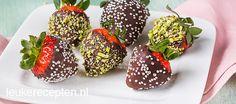 choco aardbei Good Food, Yummy Food, Snacks Für Party, Afternoon Tea, Nutella, Tea Time, Sweet Treats, Favorite Recipes, Sweets