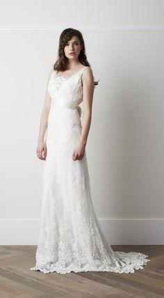 Boho Vintage Shoulder Straps Lace Appliqued Long A-line Lace Patterns Wedding Dress