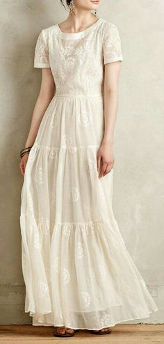 Embroidered Lera maxi dress (just put a white ribbon around the waist) - Rock & Kleid - Modest Fashion Modest Dresses, Modest Outfits, Modest Fashion, Pretty Dresses, Beautiful Dresses, Summer Dresses, Modest White Dress, Gq Fashion, White Maxi Dresses
