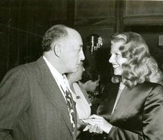 Harry Cohn made Rita Hayworth a superstar.he hated the fact that she turned down his advances all throughout her carreer - he looks scary and powerful here. Golden Age Of Hollywood, Old Hollywood, Hollywood Actresses, Classic Hollywood, Rita Hayworth, Spanish Woman, Orson Welles, Columbia Pictures, Brown Hair Colors