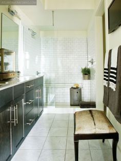 LOVE the tub and shower enclosed together!  Can I fit this in my master though?