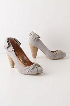 c2a2390fd68 Anthro salutations  amp  closings heels Grey Heels