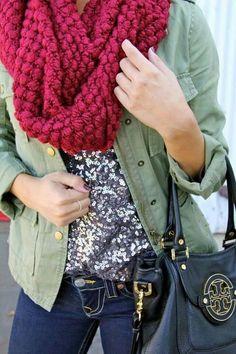Tu vestimenta de invierno, no está completa sin una bufanda. El broche de oro para todas las combinaciones en días fríos.