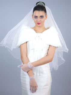 Voal de mireasa Adeline by SelfEventS, SelfEvents. Lunges, One Shoulder Wedding Dress, Cape, Tulle, Wedding Dresses, Wedding Veils, Skirts, Wedding Ideas, Fashion