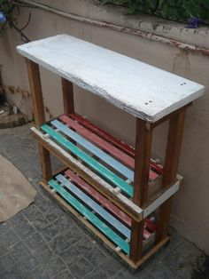 Mesa de arrime con maderas 100% recicladas by WOODHEAD