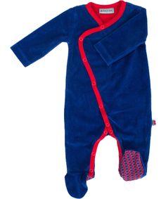 Froy & Dind pretty jumpsuit with feet in dark blue velvet. froy-en-dind.en.emilea.be