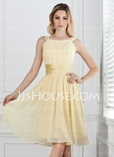 A-Line/Princess Scoop Neck Knee-Length Chiffon Charmeuse Bridesmaid Dresses With Ruffle (007004142)
