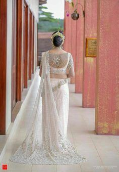 Some Common Acupressure Points White Saree Wedding, Wedding Saree Blouse, Bridal Sari, White Bridal, Bridal Dresses, Wedding Sarees, Srilankan Wedding, Saree Jackets, Bridesmaid Saree