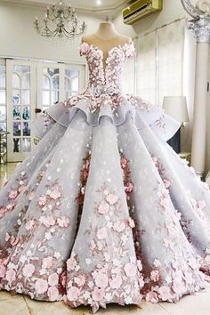 Luxurious Ball Gown Backless Appliqued Long Wedding Dress,Wedding Gown with Flowers,N308