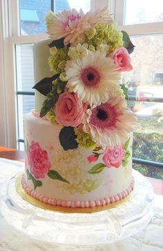 Raleigh NCs Love Cake designs and decorates custom wedding cakes