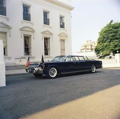Below are ten pictures of President Kennedy's brand-new 1961 Lincoln Continental limousine just after it arrived at the White House in June 1961.