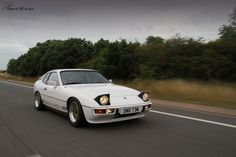 Porsche 924 Custom - The Porsche 924 is a sports car produced by Porsche AG of Germany from 1976 to 1988. A two-door 2+2 coupé, the 924 replaced the 914 as the company's entry-level model.