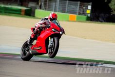 Ducati's new 1299 Panigale!