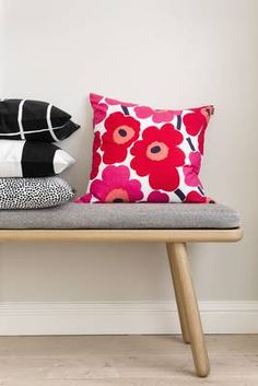Marimekko fabrics always make me smile. Red And Pink, Pink White, Cushion Covers, Pillow Covers, Marimekko Fabric, Dinosaur Design, Scandi Style, Home Collections, Cushions