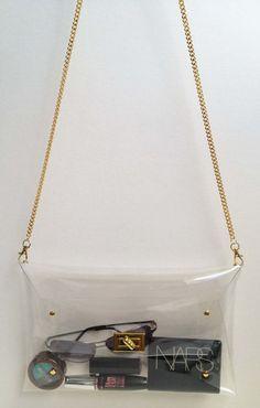 Big Transparent Clear Clutch Bag with metal chain by DIY, DIY Fashion, Accessory Do It Yourself Baby, Do It Yourself Fashion, Mk Handbags, Handbags Michael Kors, Clear Handbags, Stylish Handbags, Diy Clutch, Clutch Bag, Crossbody Bag