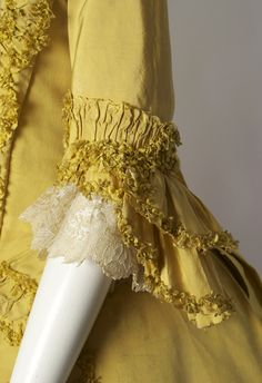 c. 1760s Yellow Robe a la Francaise (sleeve detail)