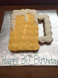 Beer mug cupcake cake 30th Birthday Cupcakes, Beer Birthday Party, Dad Birthday Cakes, 30th Party, Batman Birthday, 21st Birthday, Beer Mug Cake, Beer Cupcakes, Themed Cupcakes
