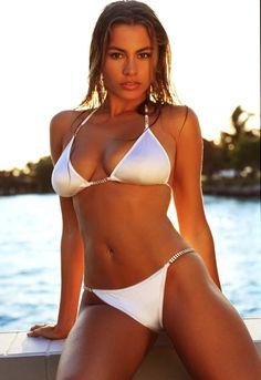 Sofia Vergara's Beach Body is RIDIC (8 Photos) http://sofia-vergara-pics.suddenlylikablepix.net/1776213-9949806?utm_campaign=ml&utm_medium=ml&utm_source=ml78&utm_term=1776213
