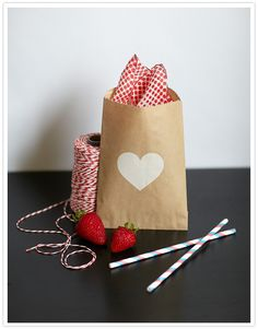100 Layer Cake white heart kraft bags