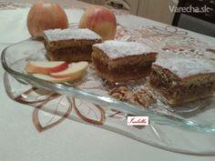 Krehučké jablkové rezy s jogurtom a orechami (fotorecepta)