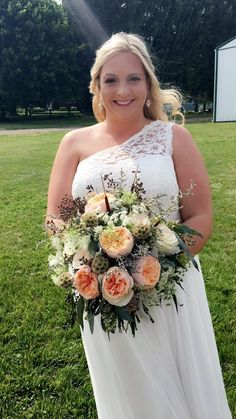 COUNTRY GIRL #BRIDALBOUQUET CREATED BY JACLYN #GOUGH  #BALTIMOREBRIDE @BALTIMOREBRIDE #BRIDALBLISS
