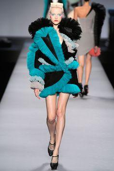 VIKTOR & ROLF  www.fashion.net