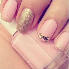 Gold bow mani