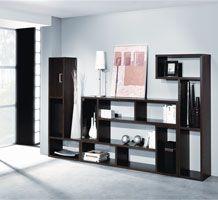 Para una casa moderna, una estantería a la altura. Colores Disponibles: Blanco, Haya, Peral, Cedro, Wengué. Medidas: 397 X 33 X 135 cm