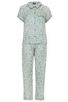 Cat pyjamas. The only matching pyjama set I'd ever wear. Because cats.