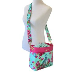 Drawstring Shoulder Bag + Sew and Sell A PDF sewing pattern from Sewn Ideas
