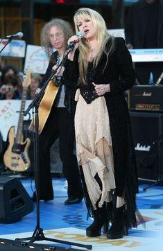 Boho Gypsy, Bohemian Style, Gypsy Soul, 70s Fashion, Fashion Photo, Witch Fashion, Stevie Nicks Fleetwood Mac, Stevie Nicks Witch, Stevie Nicks Costume