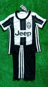 16-17 Season Juventus Home Kid's Jersey Kit(Shirt+Shorts) [F158]