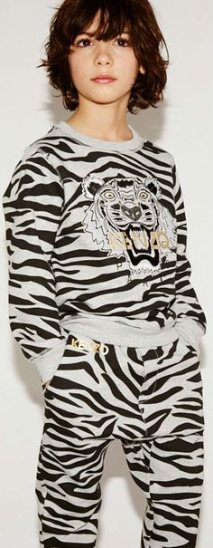 de33cefc32 KENZO KIDS EXCLUSIVE EDITION Boys Grey   Black Tiger Sweatshirt    Sweatpants. Dashin Fashion