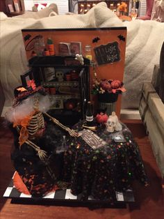 Linda's Halloween miniature made by Laura Jacques