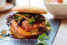 Lachsburger Smoker Cooking smoker recipes for salmon Grilled Fish Recipes, Shrimp Recipes, Salmon Recipes, Grilling Recipes, Beef Recipes, Vegan Recipes, Cooking Recipes, Smoker Recipes, Hamburger Recipes