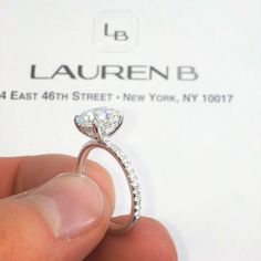 #Cushioncut non-halo pave #engagementrings were certainly a popular theme from…