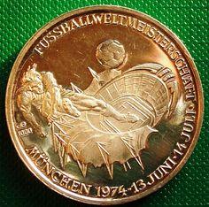 Germany Medal 20 gr 33 mm Silver 1000 er Footbal Munchen  WM74 1974