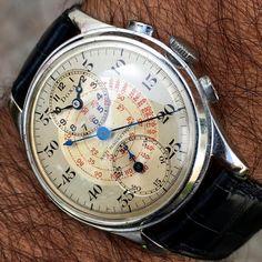 This rather unique vintage Doxa interpretation of the Venus 140 chronograph.