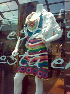 Walking along Jockey Plaza Mall at Lima I found this beautiful piece of crochet at RKF store. Crochet Skirts, Crochet Clothes, Freeform Crochet, Knit Or Crochet, Crochet Fashion, Crochet Projects, Lucky Brand, Knitting, My Style