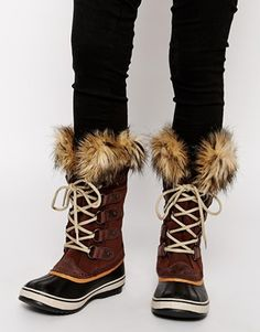 Sorel Joan of Arctic Tobacco Brown Faux Fur Cuff Boots