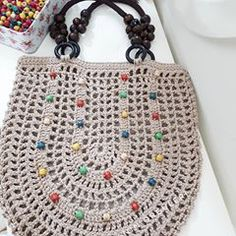 This Pin was discovered by Mar Crochet Clutch, Crochet Bracelet, Crochet Handbags, Crochet Poncho, Crochet Purses, Filet Crochet, Crochet Yarn, Handmade Handbags, Handmade Bags