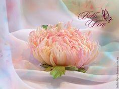 """Купить Брошь цветок хризантема из шелка """"Geisha"""". Цветы из шелка. - цветы из ткани, цветы из шелка"""